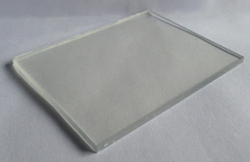 Tấm polycarbonate đặc màu trong - clear