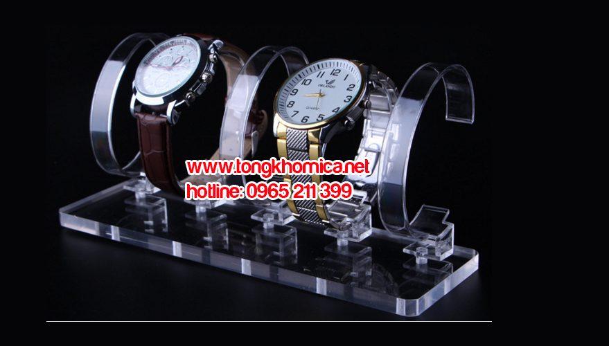 ke trung bay dong ho mica3 2 879x500 - Kệ trưng bày đồng hồ mica